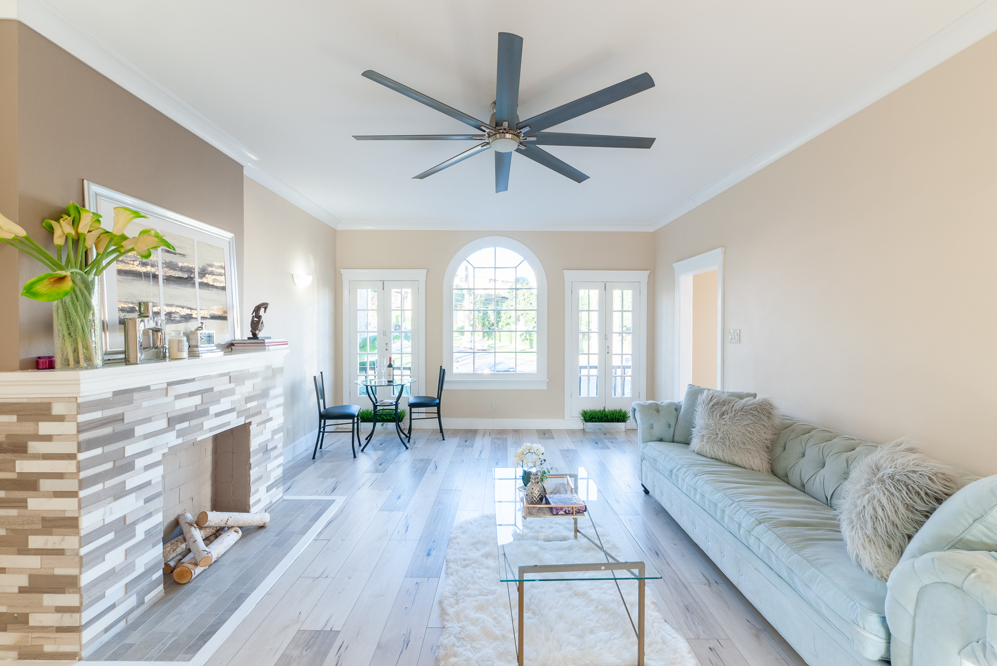 Awe-inspiring 1920s 2 Bedroom Townhouse w/ Balcony in a Wonderful WeHo Renovation!